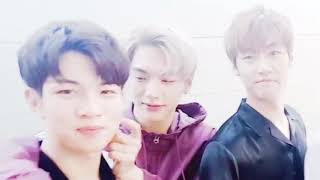 N.Flying Are A Family