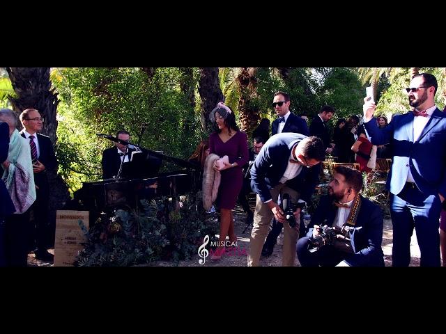 Salida de los novios | La La Land | La Boda de Miriam Alegria | Miriam Alegria