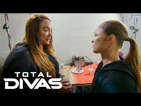 Ronda Rousey and Nia Jax bury the hatchet: Total Divas, Oct. 22, 2019 | New WWE