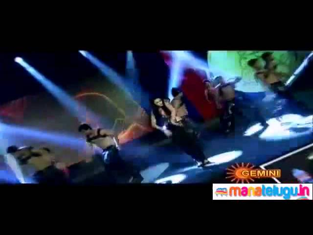 Shruti Haasan performing at SIIMA Awards 2012 Travel Video