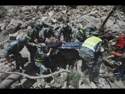 Live正在直播: 四川省九寨沟县7.0级地震最新进展