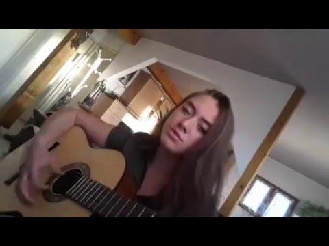 Chanson Cantique Il m'accompagne - Emilie Scheid