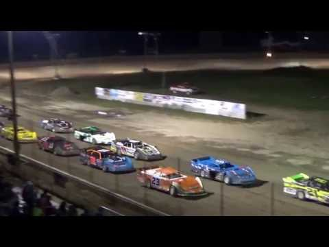 Late Model Feature race at I-96 Speedway, Michigan on 08-25-16.
