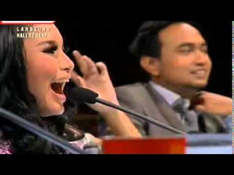 Novita Dewi ft. Alex  ( P!nk - Just Give Me A Reason )