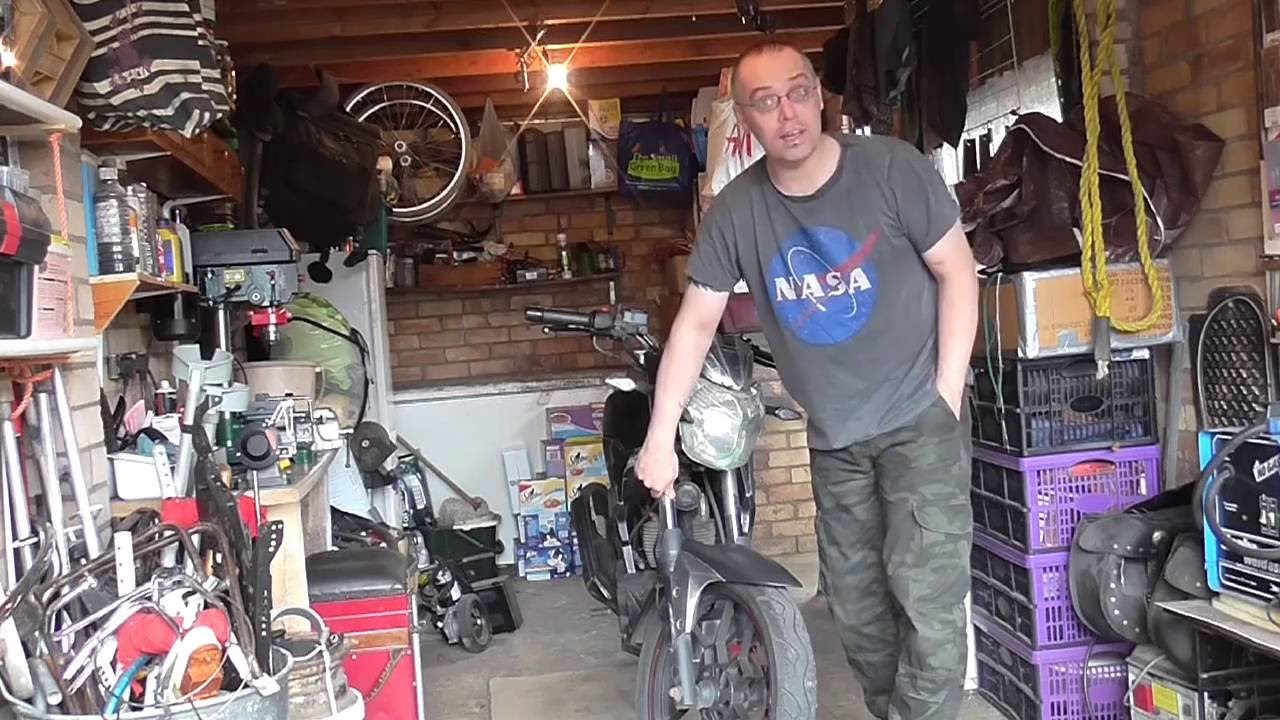 Project Rat: Lexmoto ZSX 125 - Front Fork Removal