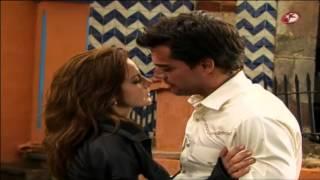 Camila y Andrés - Primer beso (cap 32)
