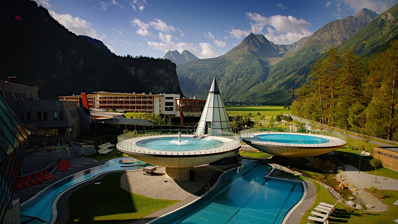 Aqua dome tirol therme l ngenfeld 2010 youtube for Designhotel tirol osterreich