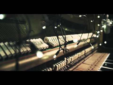 Montgomery - Pinata (Live Piano Rework)