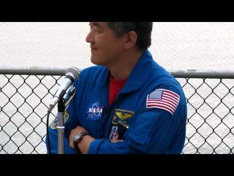 Astronaut Dan Tani narrates STS134 Launch at KSC