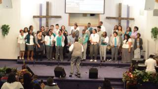 Watch Youthful Praise He Reigns video