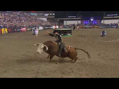 Joao Ricardo Vieira rides Fire & Smoke for 86.5 points