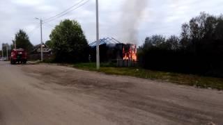 Двухквартирный дом в Вологде горит во второй раз