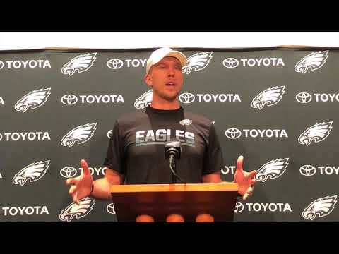 Nick Foles steps up as Eagles starting quarterback