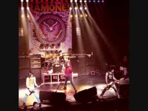 Ramones - 18 Don't Bust My Chops