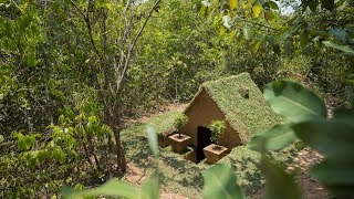 Build The Most Beautiful Grass Roof Underground House in The Jungle