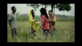 Download lagu Ipank - Sahabat Kecil