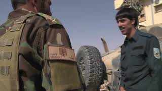 อัฟกานิสถาน : ดินแดนแห่งสงคราม โดย ศนิโรจน์ ธรรมยศ