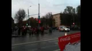 видео Коломна.Встречаем Олимпийский огонь!(, 2013-10-10T09:19:20.000Z)