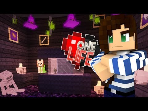 I'm Very Jealous - Minecraft One Life SMP (Ep.17)