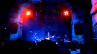 Twin Shadow - Be Mine Tonight (Live @ MusicBox, Lisboa, 27/10/2012)