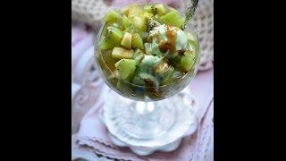 Фруктовый салат с фисташковым мороженным Изумруд