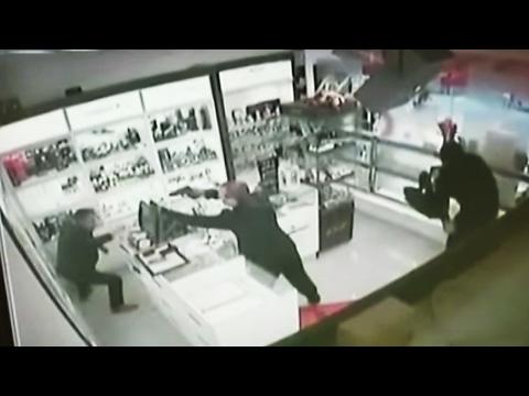 Juwelier in Bad Nauheim brutal überfallen