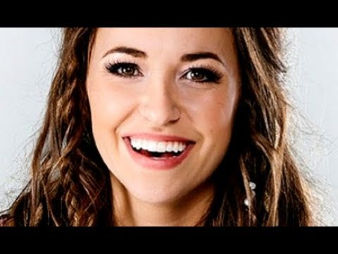 """💜💜💜AMAZING GRACE LAUREN DAIGLE SINGS """"I WILL TRUST IN YOU"""" Live on 'GMA'"""