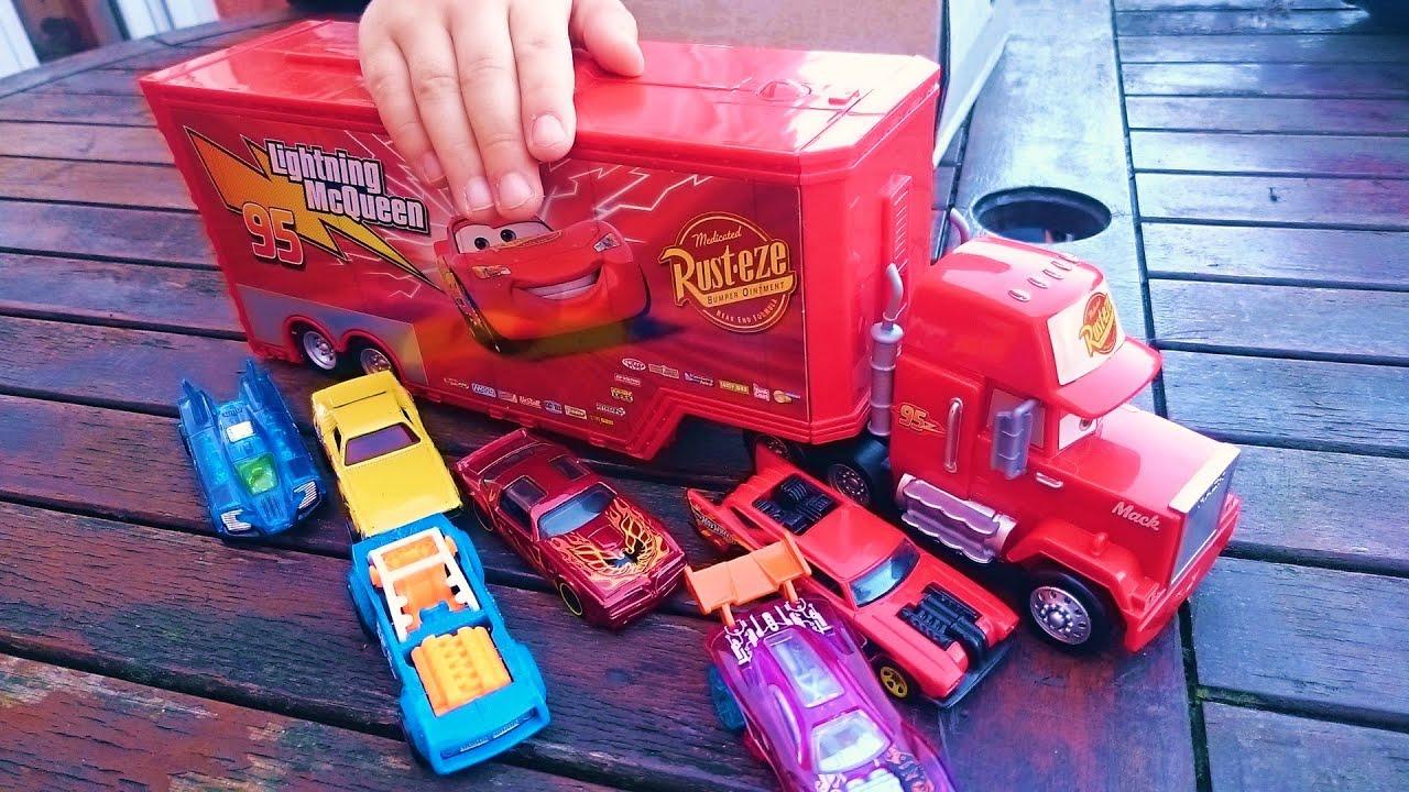 Video cami n taller cars rayo mcqueen juguete ni os mack truck 2 lightning toys disney pixar - Juguetes de cars disney ...