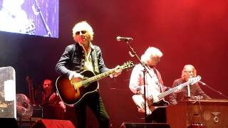 Mott the Hoople - Hymn for the Dudes (O2 Arena, London, England, 18.11.2013)