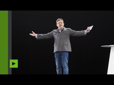 Paris : l'hologramme de Jean-Luc Mélenchon tient son meeting de campagne (Direct du 5.02)