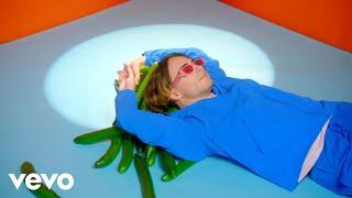 Смотреть клип Alfie Templeman - Forever Isn'T Long Enough