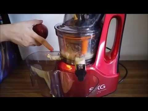 SKG Slow Juicer 2088 | SKG Juicer | Cold Press Juicer Demonstration and Review by Happy Pumpkins
