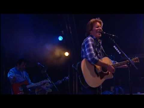 John Fogerty - Who'll Stop The Rain (Live Glastonbury 2007)