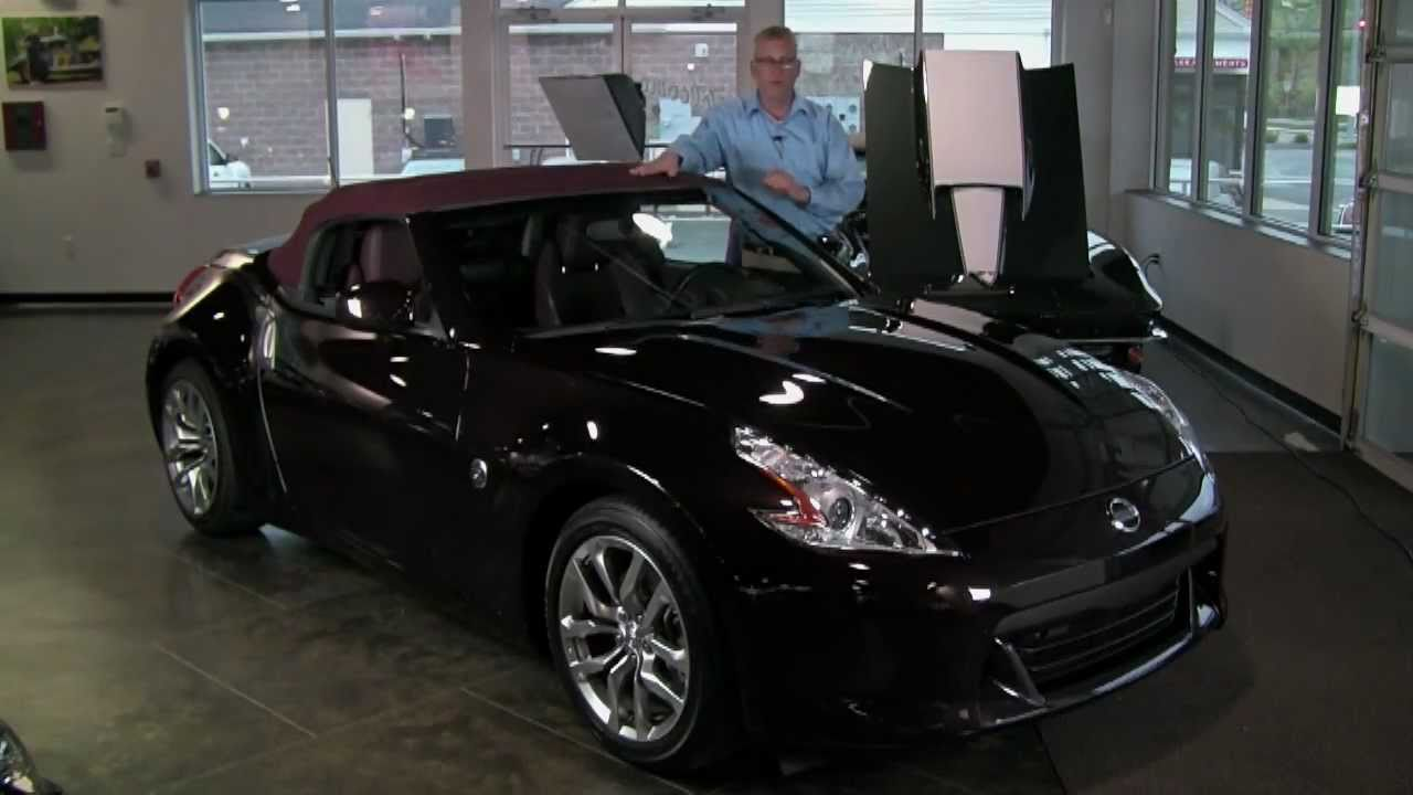 2010 nissan 370z touring roadster convertible 332 bhp. Black Bedroom Furniture Sets. Home Design Ideas