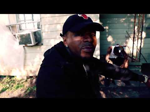 Fulla aka Fool Fareal  - U Aint Grindin ( Official Video }