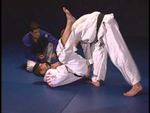 Bjj Machado Jiu Jitsu Instructional 1 Passing the Guard