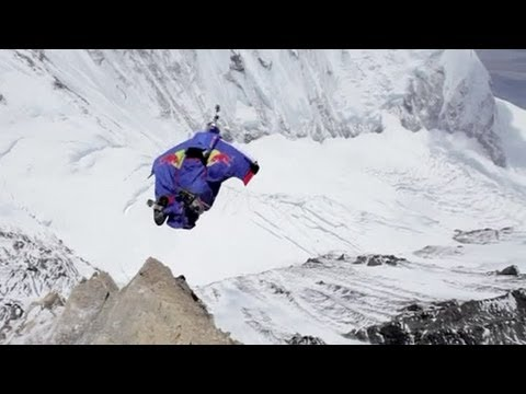 Everest: Valery Rozov records world's highest base jump