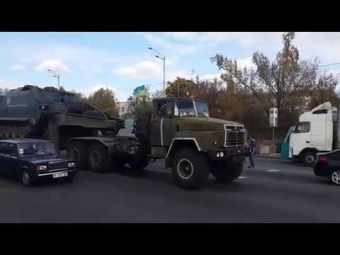 Перевозка военной техники, через академ городок.