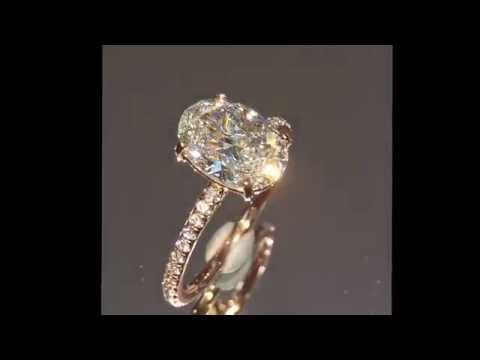 1.75 ct Oval Diamond Engagement Ring