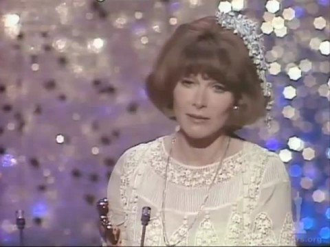 Lee Grant Wins Supporting Actress: 1976 Oscars
