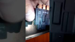 Замена лампочки в кнопки аварийной остановке