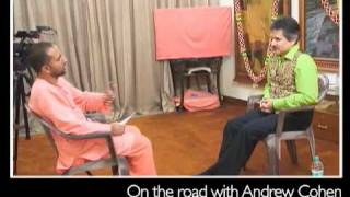 Andrew Cohen in India, a young disciple of the late Swami Chidananda interviews Andrew