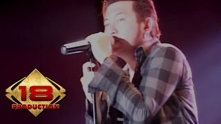 Video Five Minutes - Galau (Live Konser Jakarta 26 Maret 2016) download MP3, 3GP, MP4, WEBM, AVI, FLV Oktober 2017