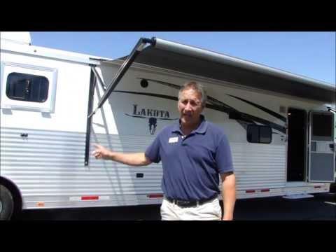 Lakota 4 Horse Trailer with Living Quarters