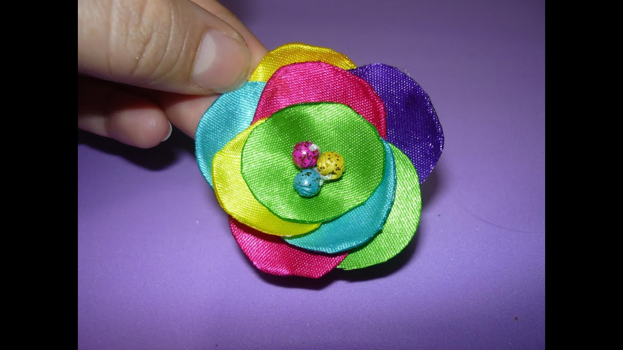 Flor tela de raso tutorial satin fabric flower tutorial - Como hacer un cabecero de tela ...