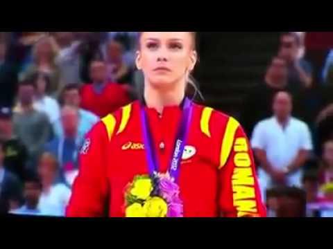 London 2012 Sandra Izbasa of Romania wins Olympic gold medal in womens vault