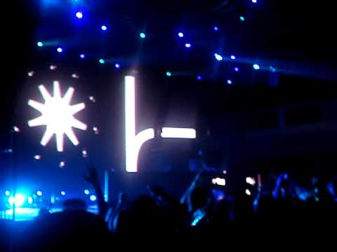 Tiesto @ Shrine Los Angeles- My G.O.D. Guns On Demo