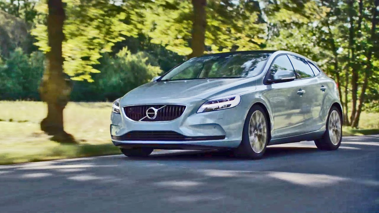 2017 volvo v40 reveal video youtube. Black Bedroom Furniture Sets. Home Design Ideas