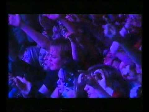 BACKYARD BABIES   LIVE AT TAVASTIA CLUB 2004
