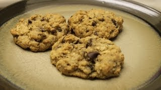 How To: Delicious Oatmeal Walnut Cookies!